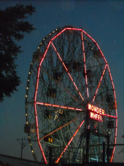 Wonder Wheel after dark