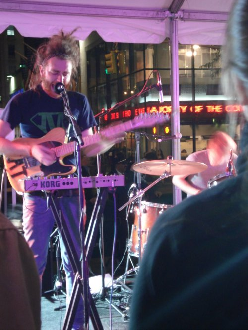fno09-bearhands-dylan