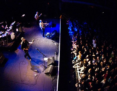Sunny Day Real Estate @ Terminal 5 (photo courtesy of Brooklyn Vegan)